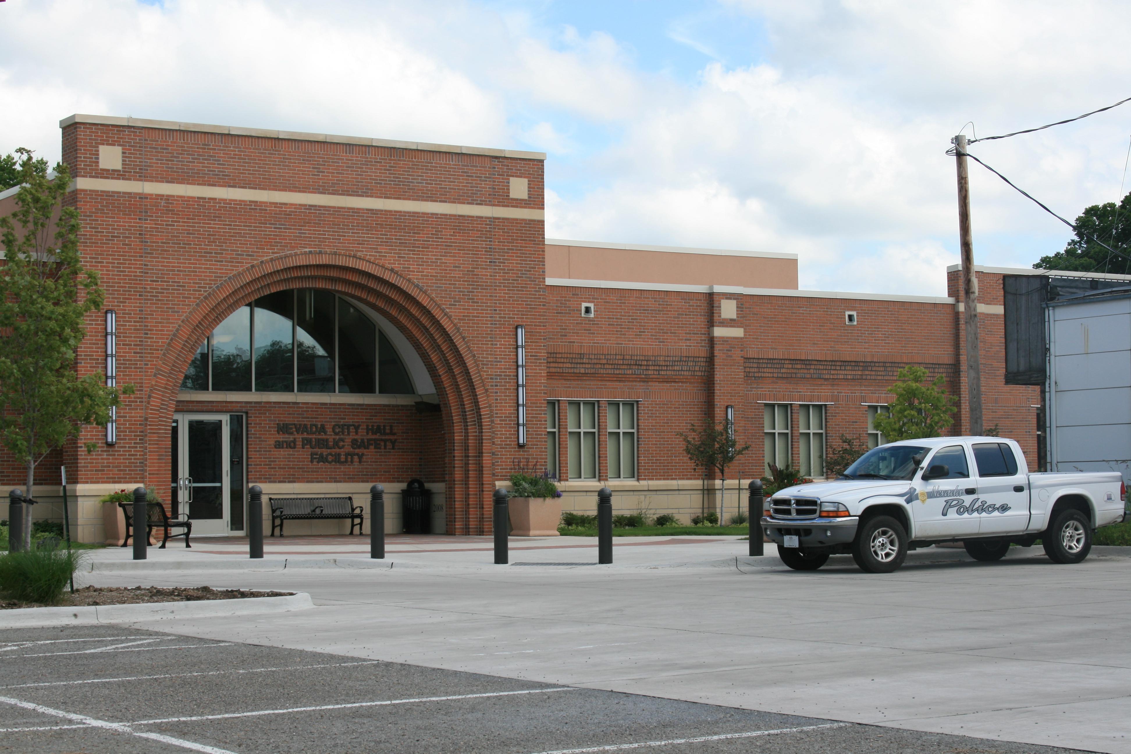 File Nevada Iowa 20090816 City Hall Jpg Wikimedia Commons