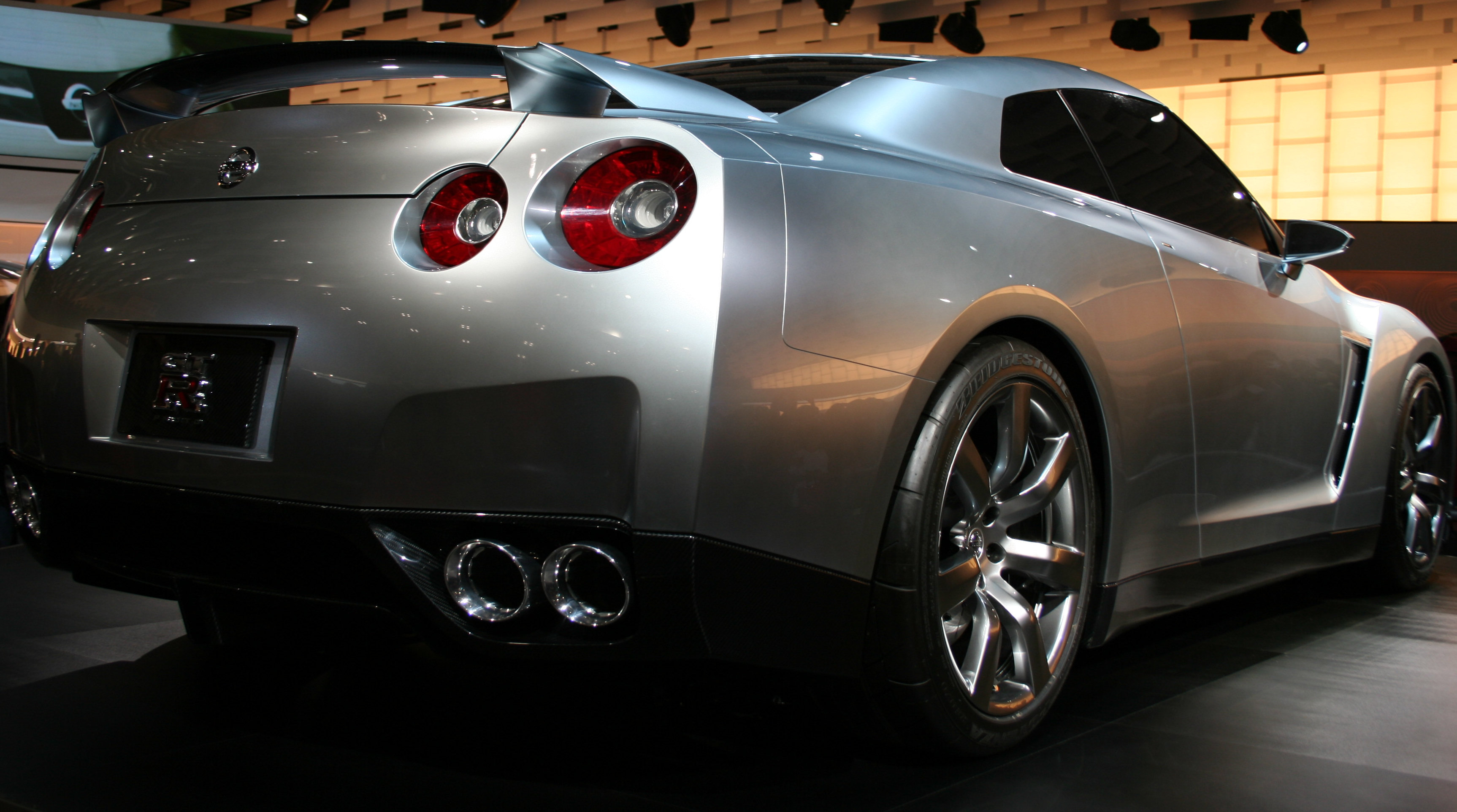 file:nissan gt-r 2005 tms 2 - wikimedia commons