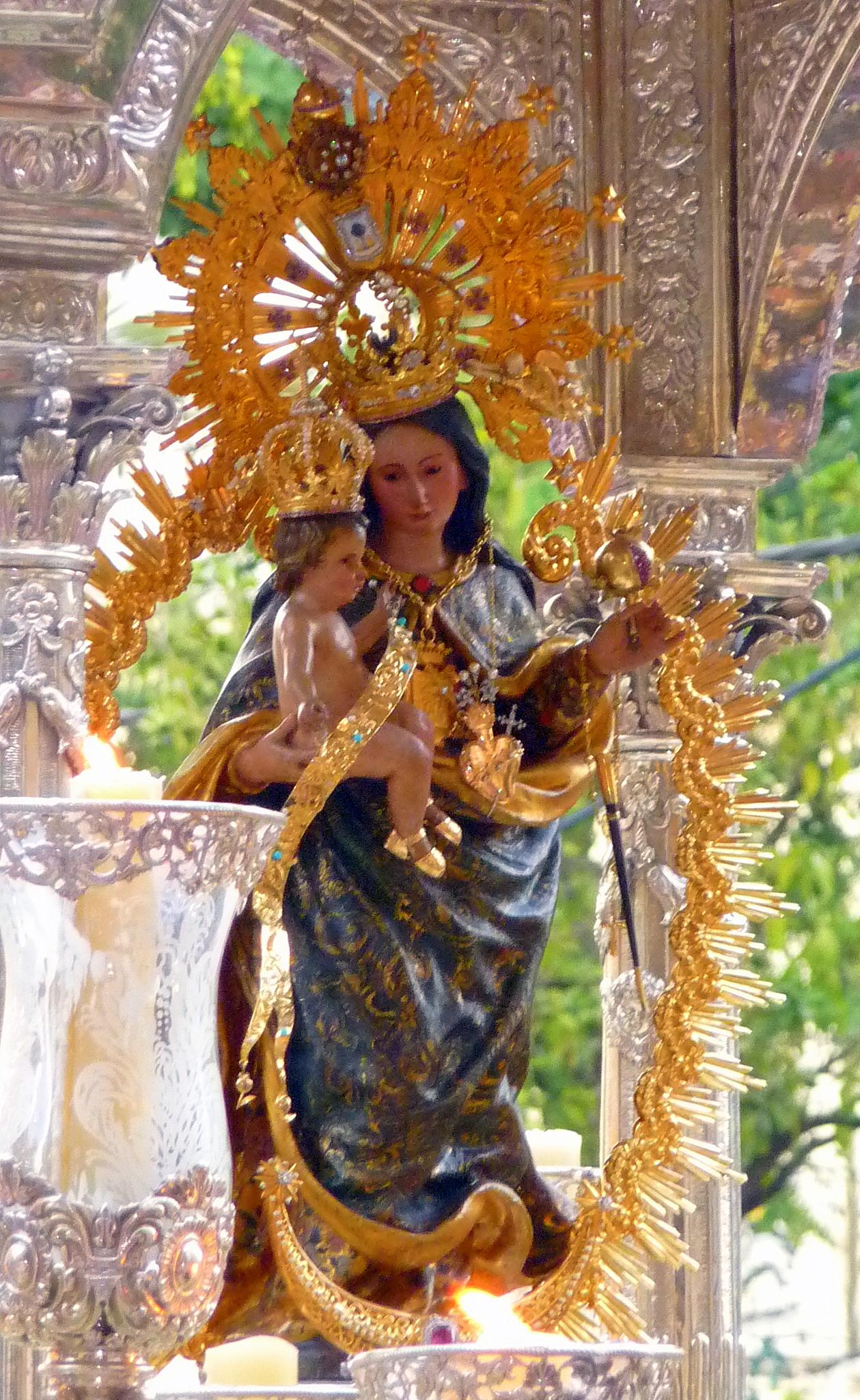 external image Nuestra_Se%C3%B1ora_de_La_Cinta.JPG