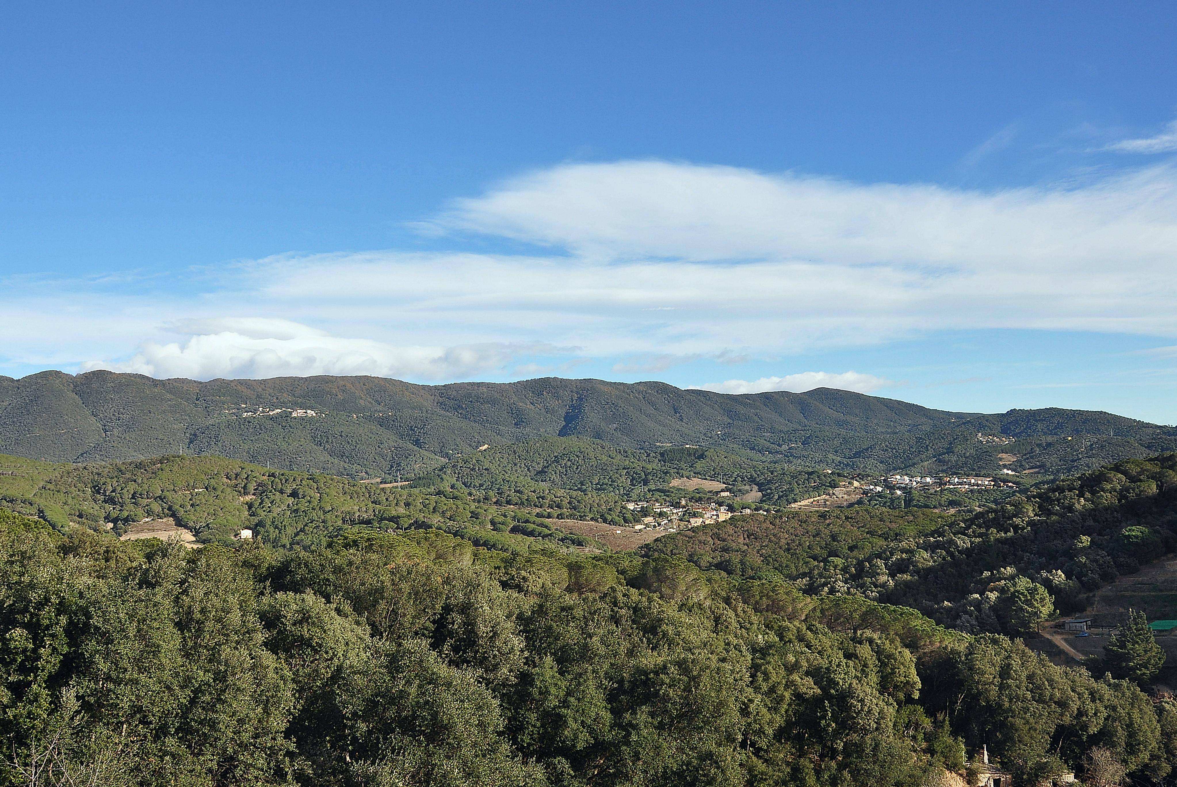 Montnegre Corredor, Catalunya