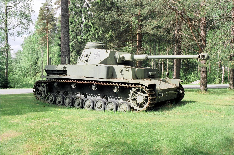File:Panzer IV tank in Mikkeli 20130531.jpg - Wikimedia