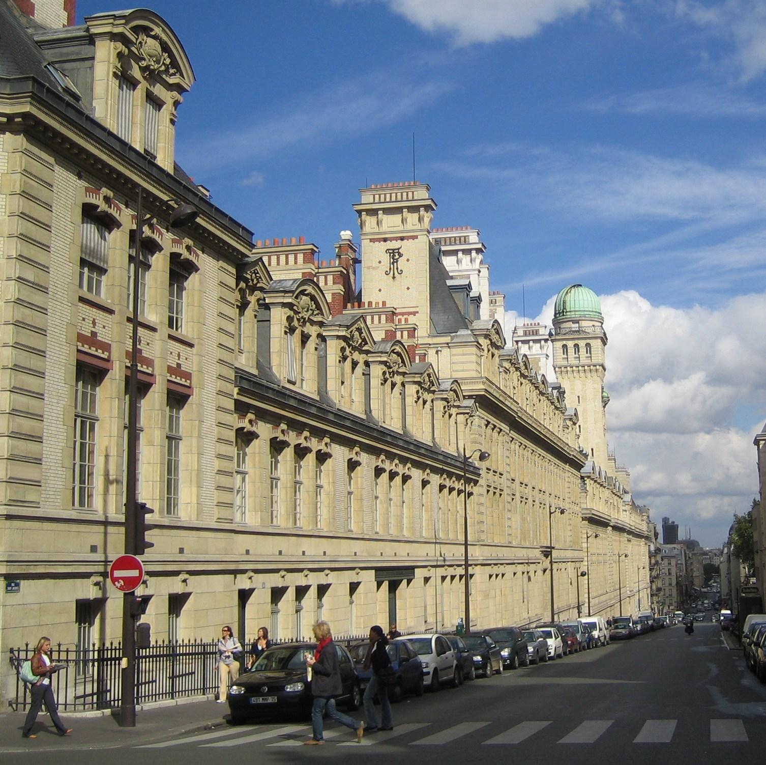 File:Paris 75005 Rue Saint-Jacques La Sorbonne Facade 01c