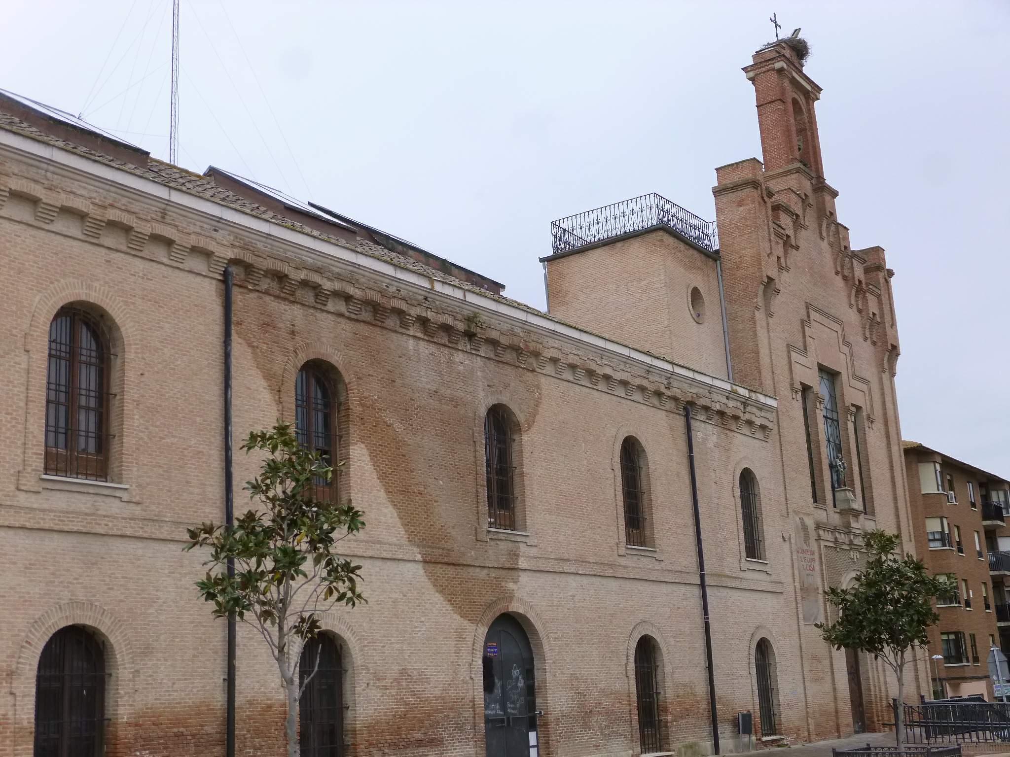 File pinto centro municipal de cultura ex convento de for Piscina municipal de pinto
