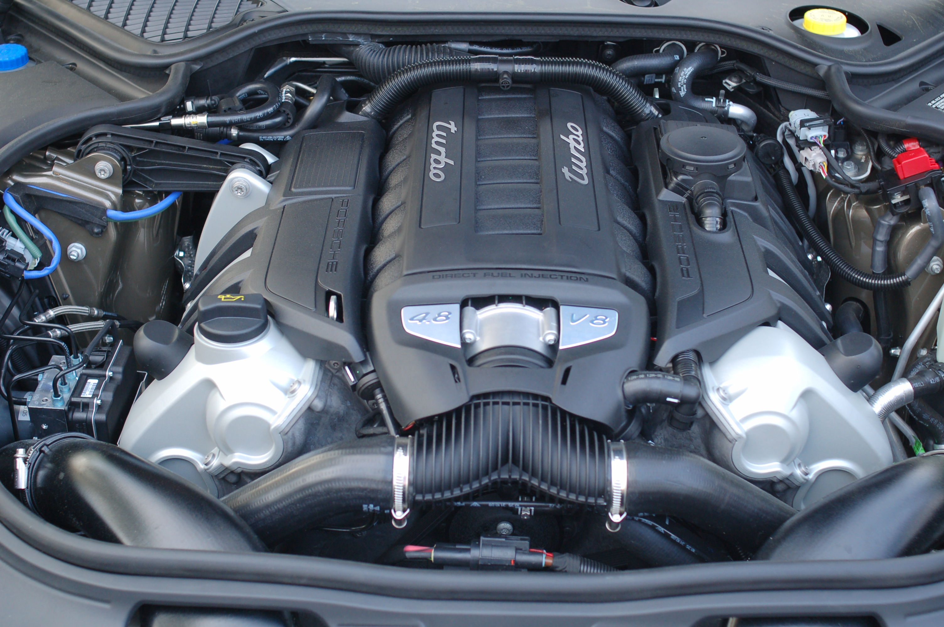 File Porsche Panamera Engine Jpg