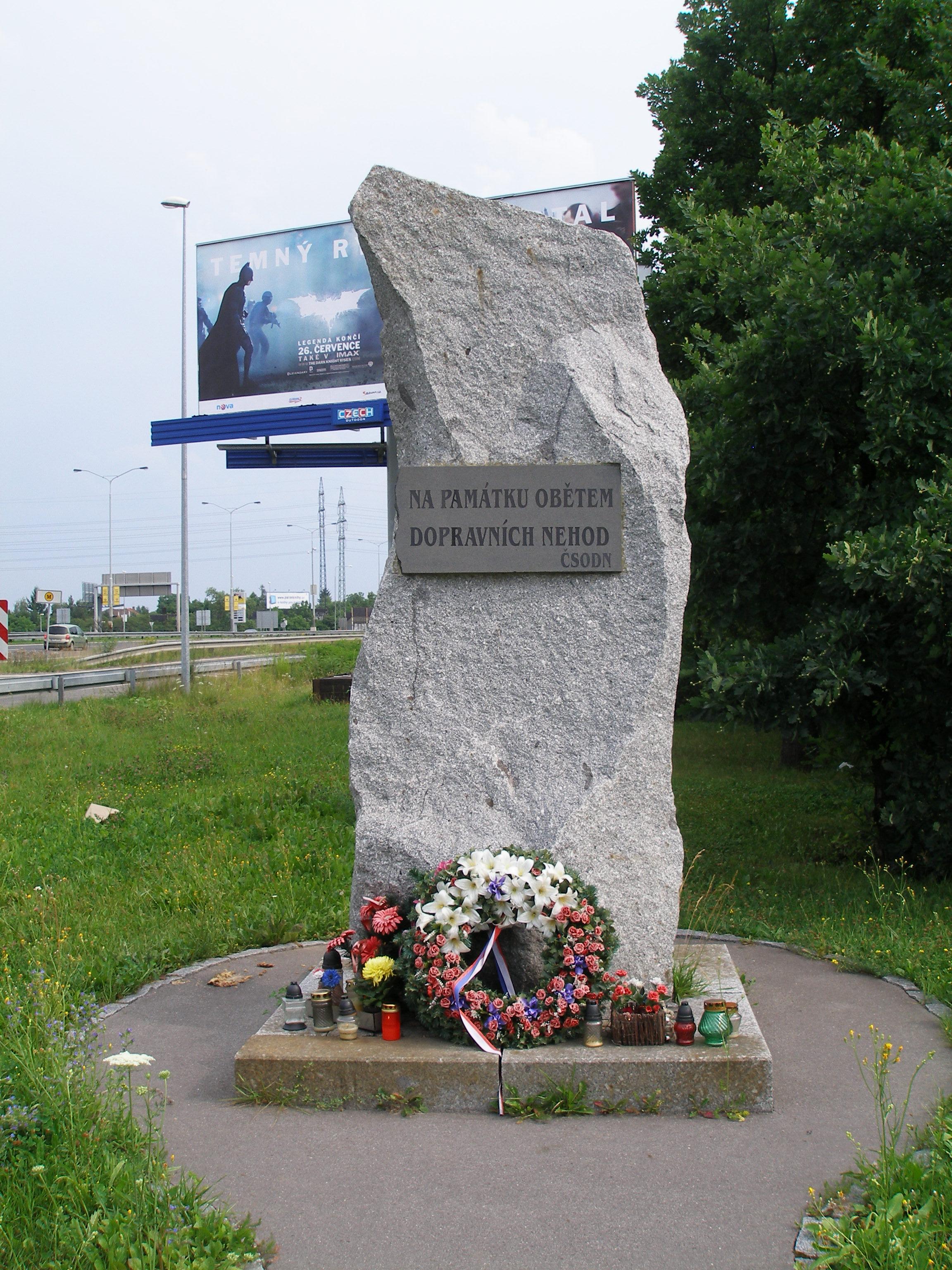 Památník obětem dopravních nehod (Praha)