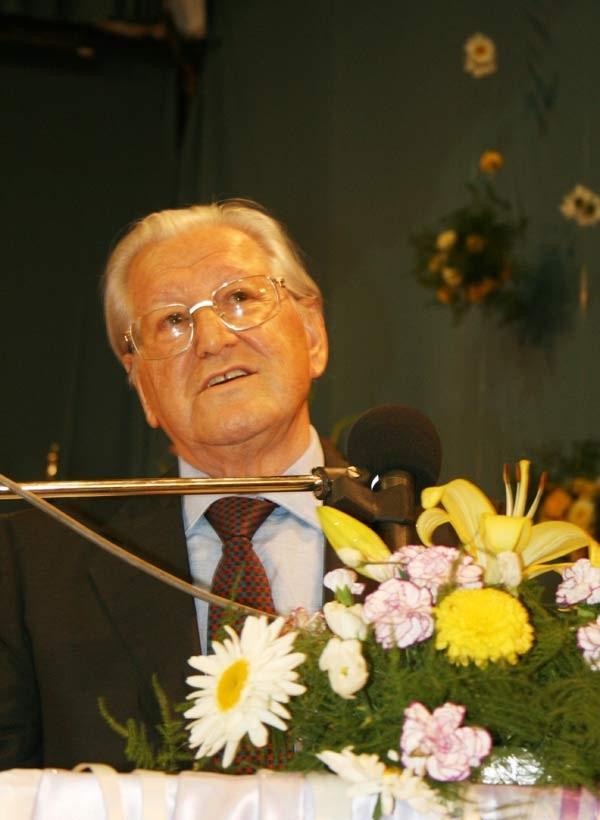 حسین صادقی (جراح ایرانی)