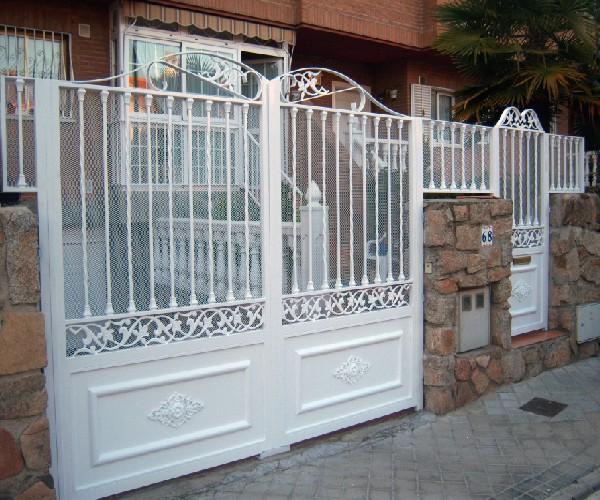 File puerta en wikimedia commons - Puertas de dos hojas ...
