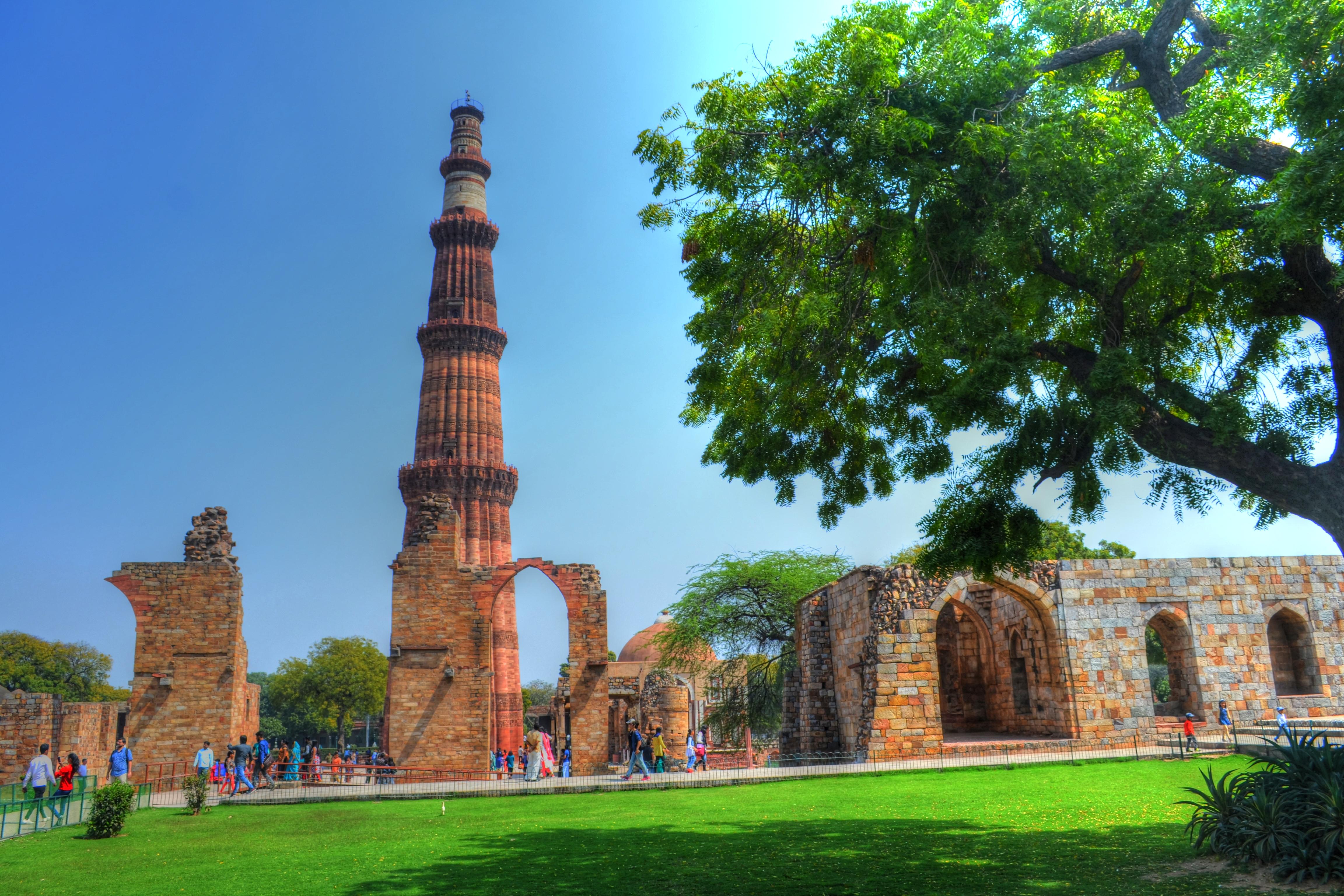 Qutub Minar Complex, New Delhi: History, Guide & Trip Planner 2020 7