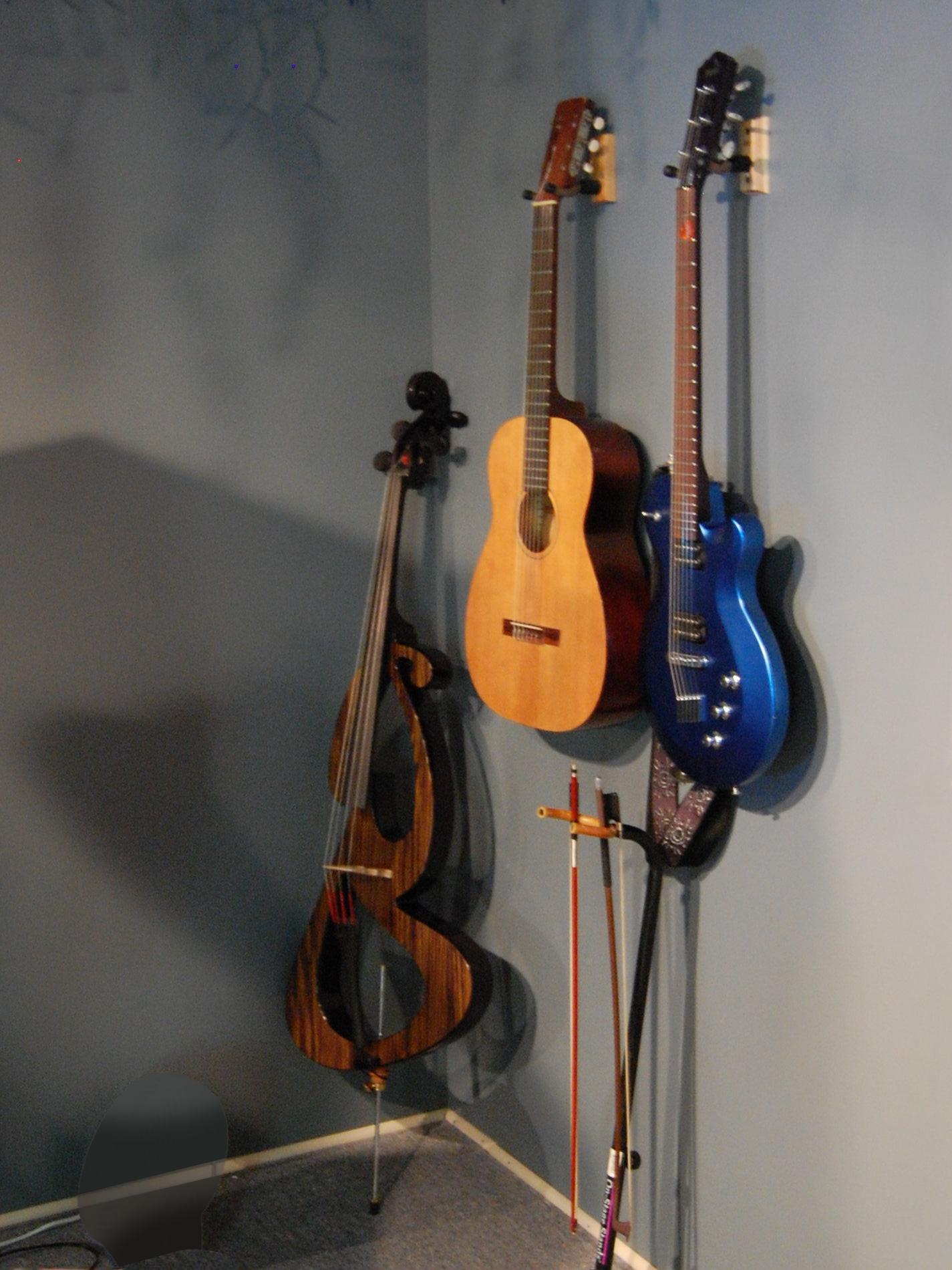 Yamaha Side By Side >> File:Sojing electric cello, 64 Harmony classical, Yamaha AEX820.jpg - Wikimedia Commons