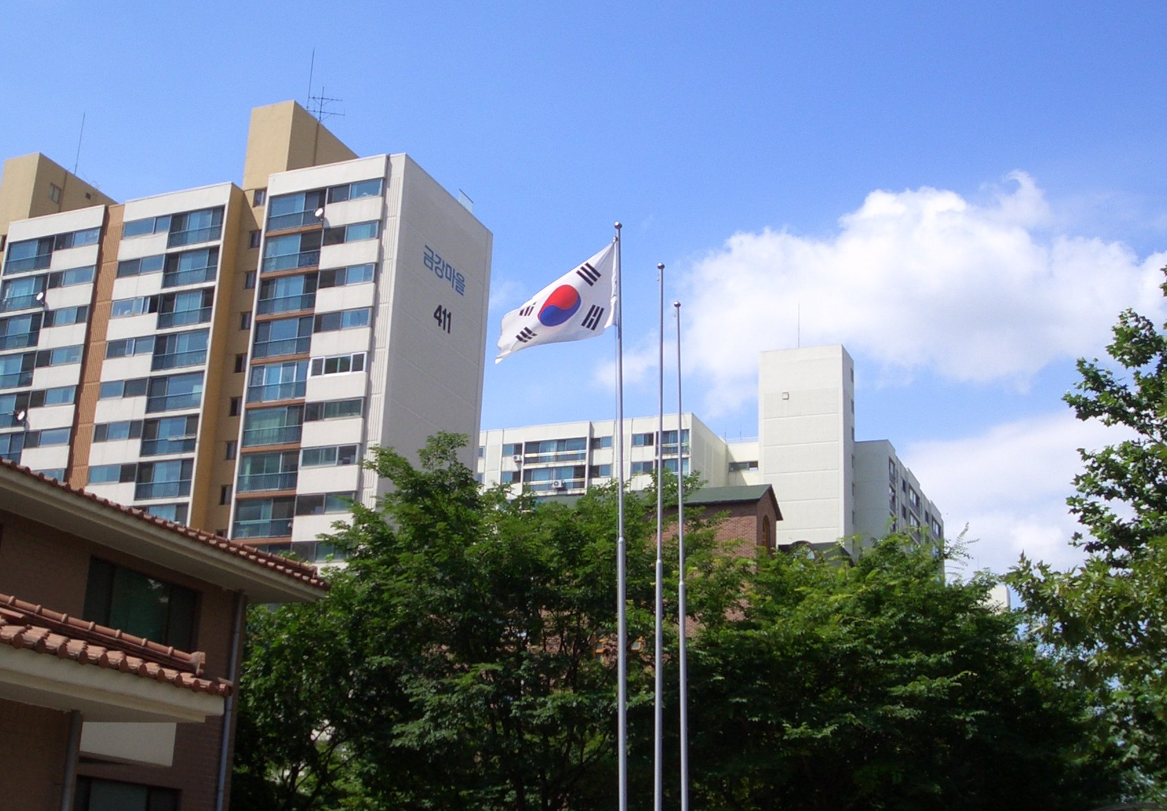 Bucheon-si South Korea  City pictures : South Korean flag flying Bucheon Wikipedia