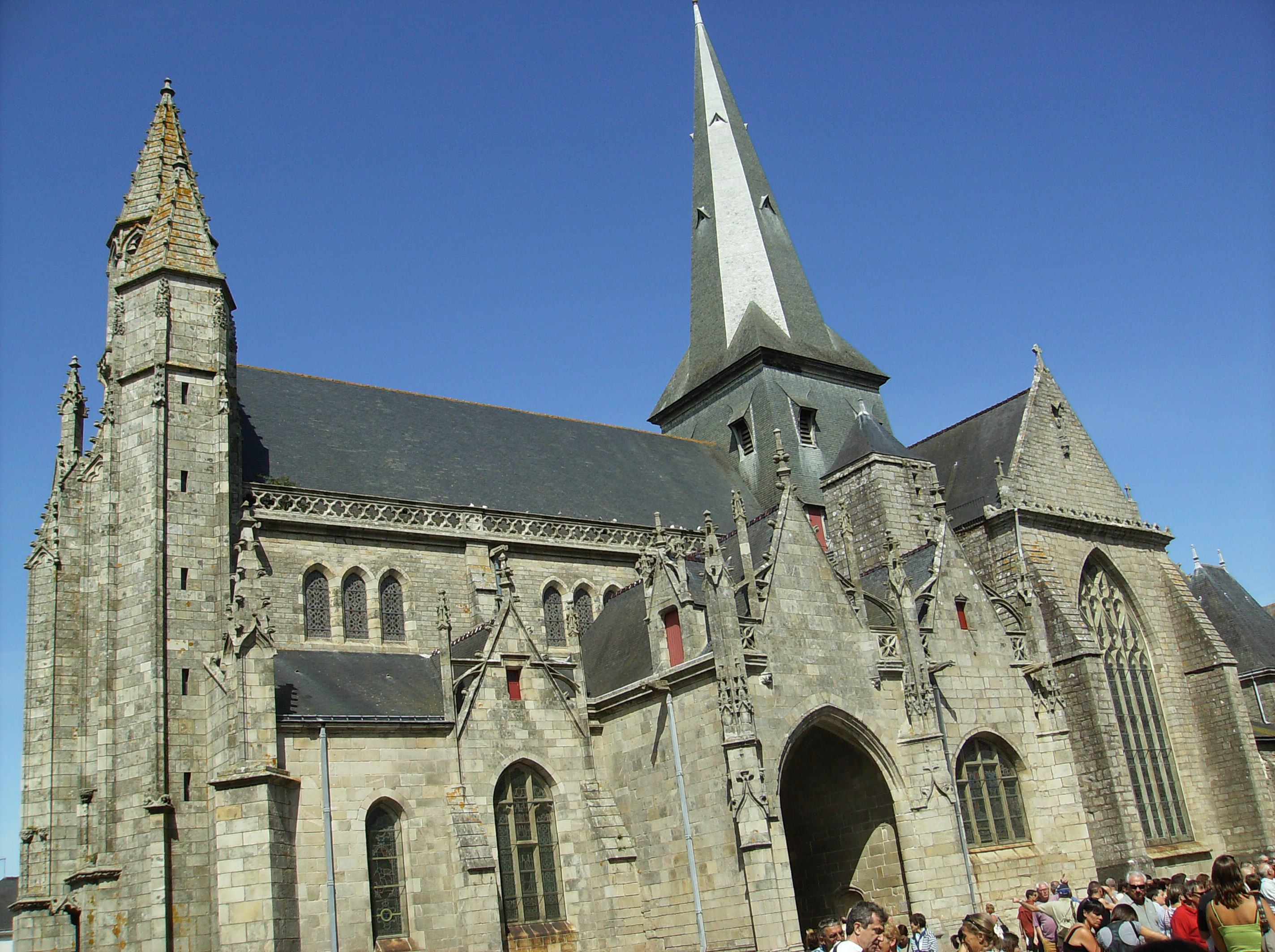 Guerande France  City new picture : St aubin guerande Wikimedia Commons