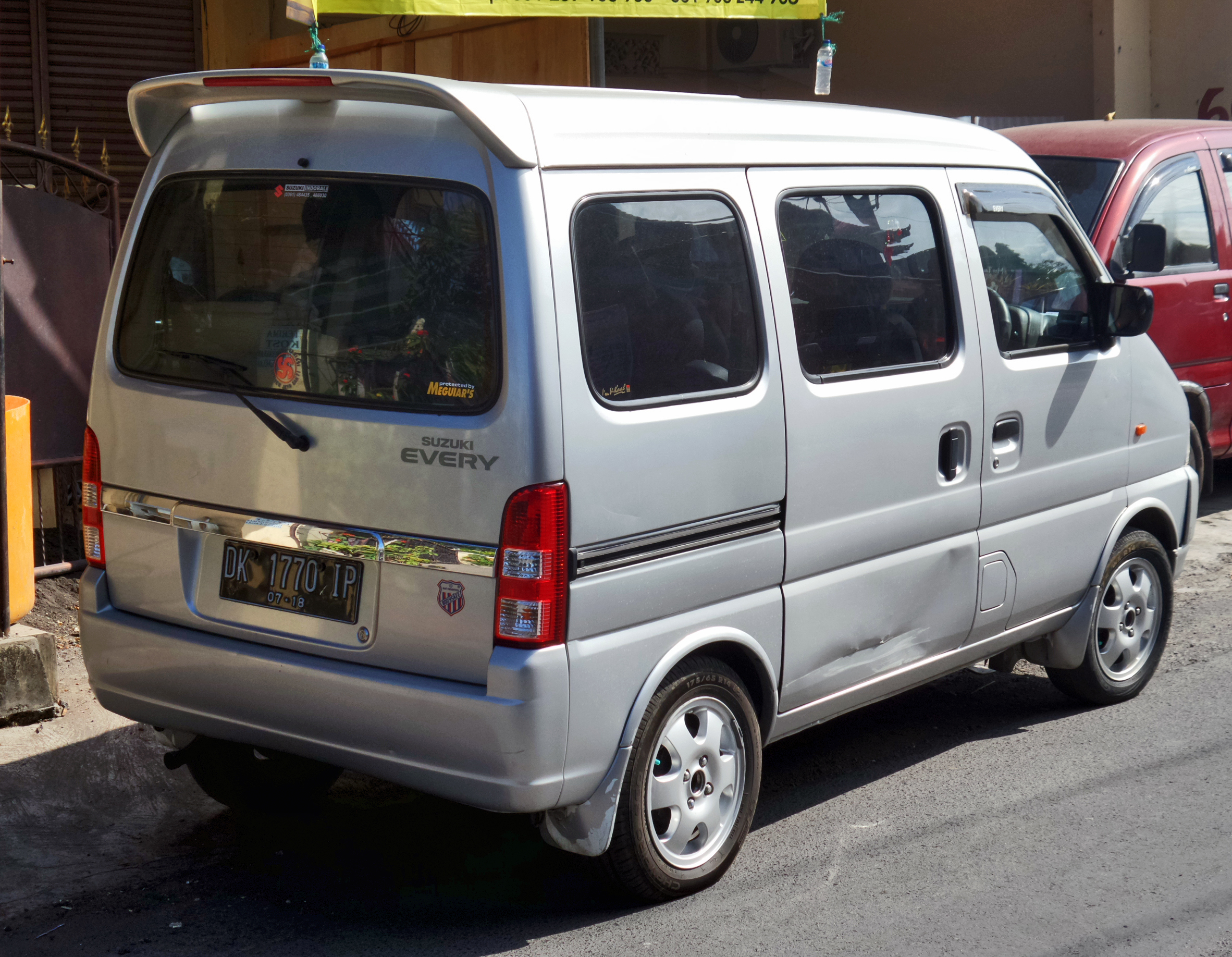 File:Suzuki Every (rear), Denpasar.jpg