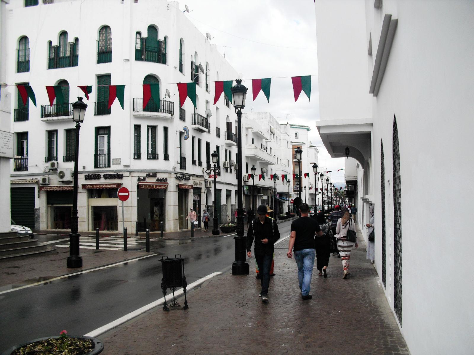 Tetouan_city,_Morocco_in_rain.jpg