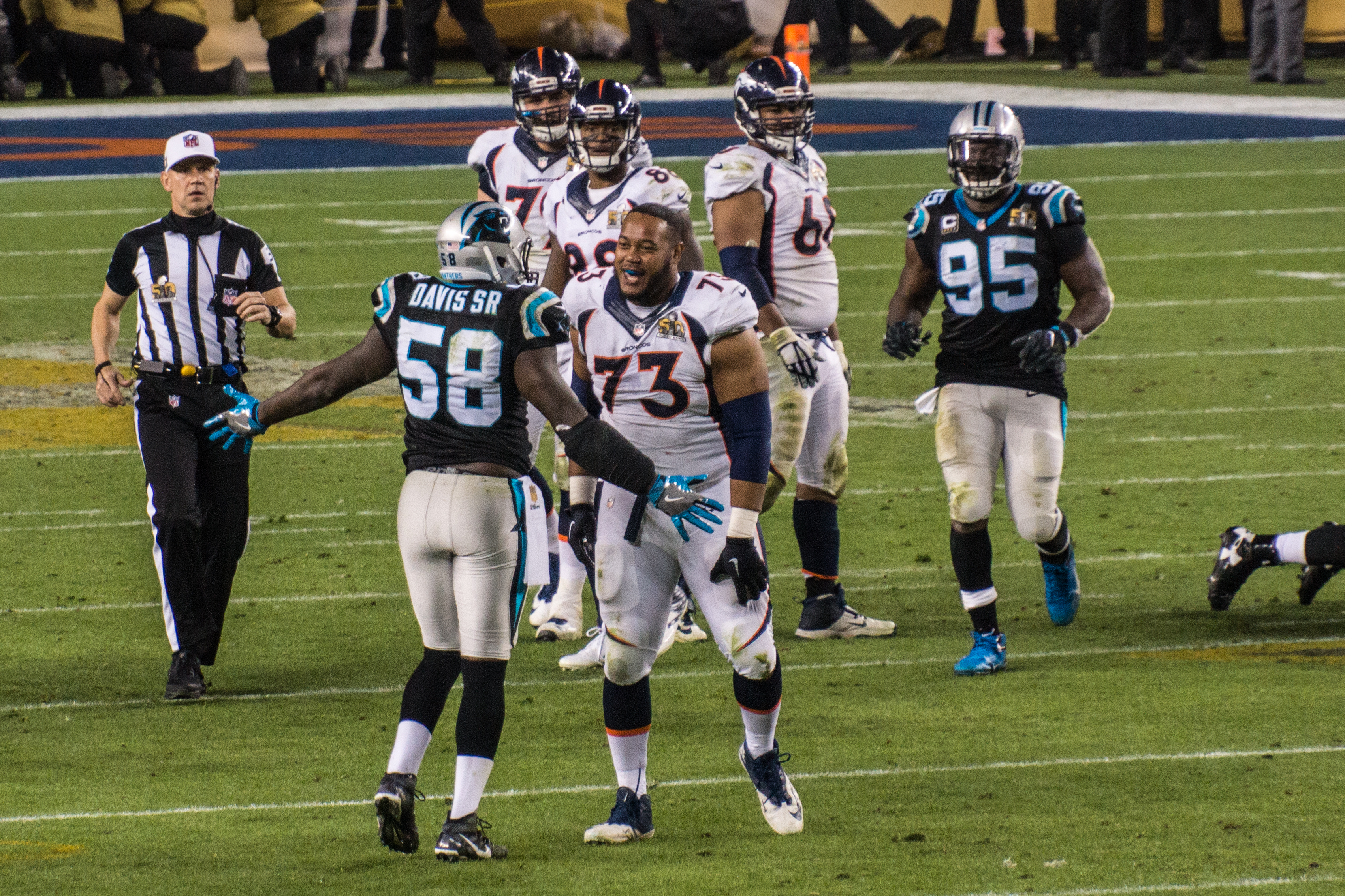 File Thomas Davis Max Garcia Charles Johnson Super Bowl 50