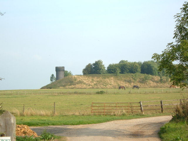 Tower near Old Sodbury - geograph.org.uk - 152665