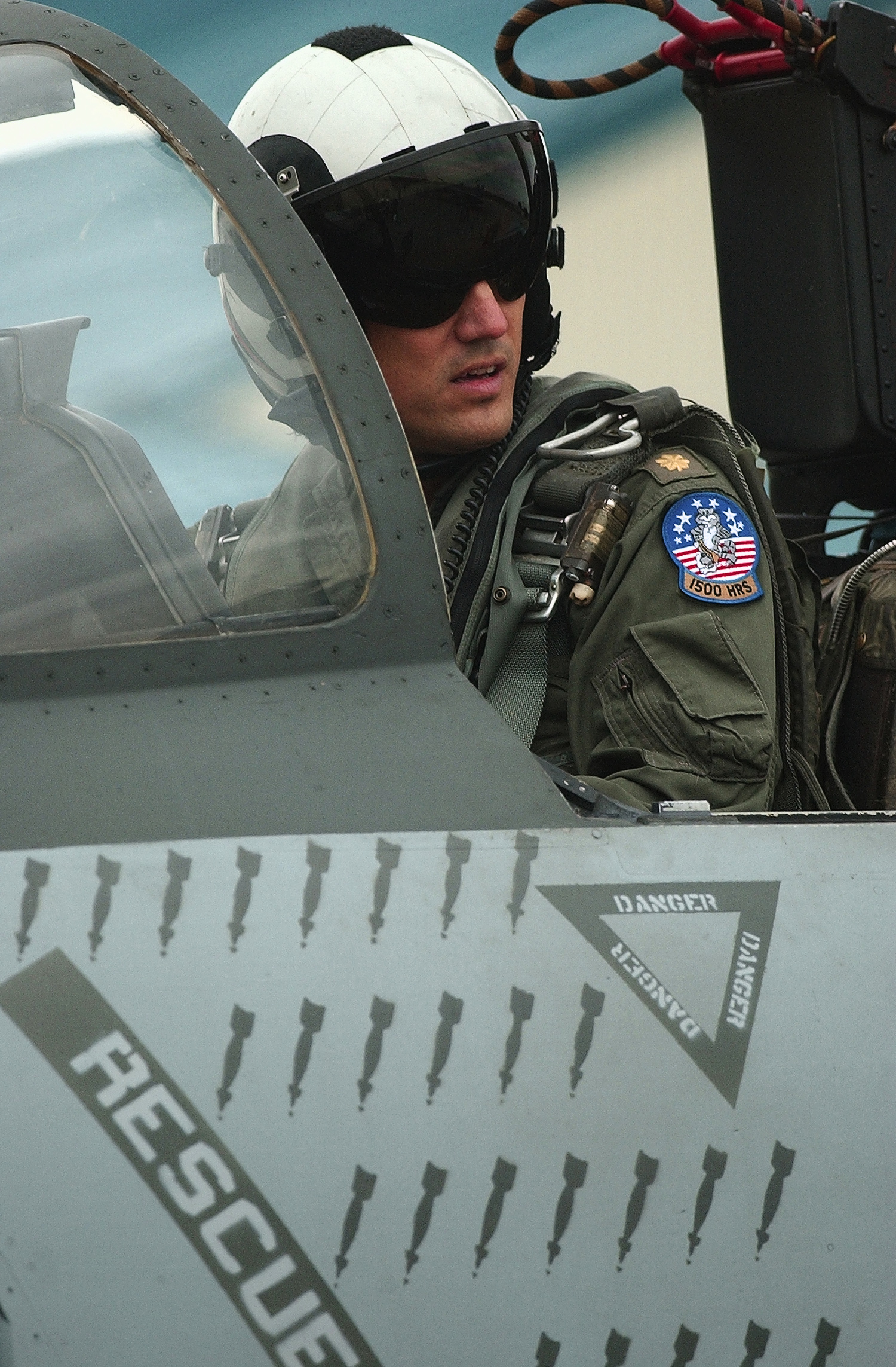 f 14 diagram file us navy 030924 n 9849w 001 an f 14 tomcat pilot m 14 diagram