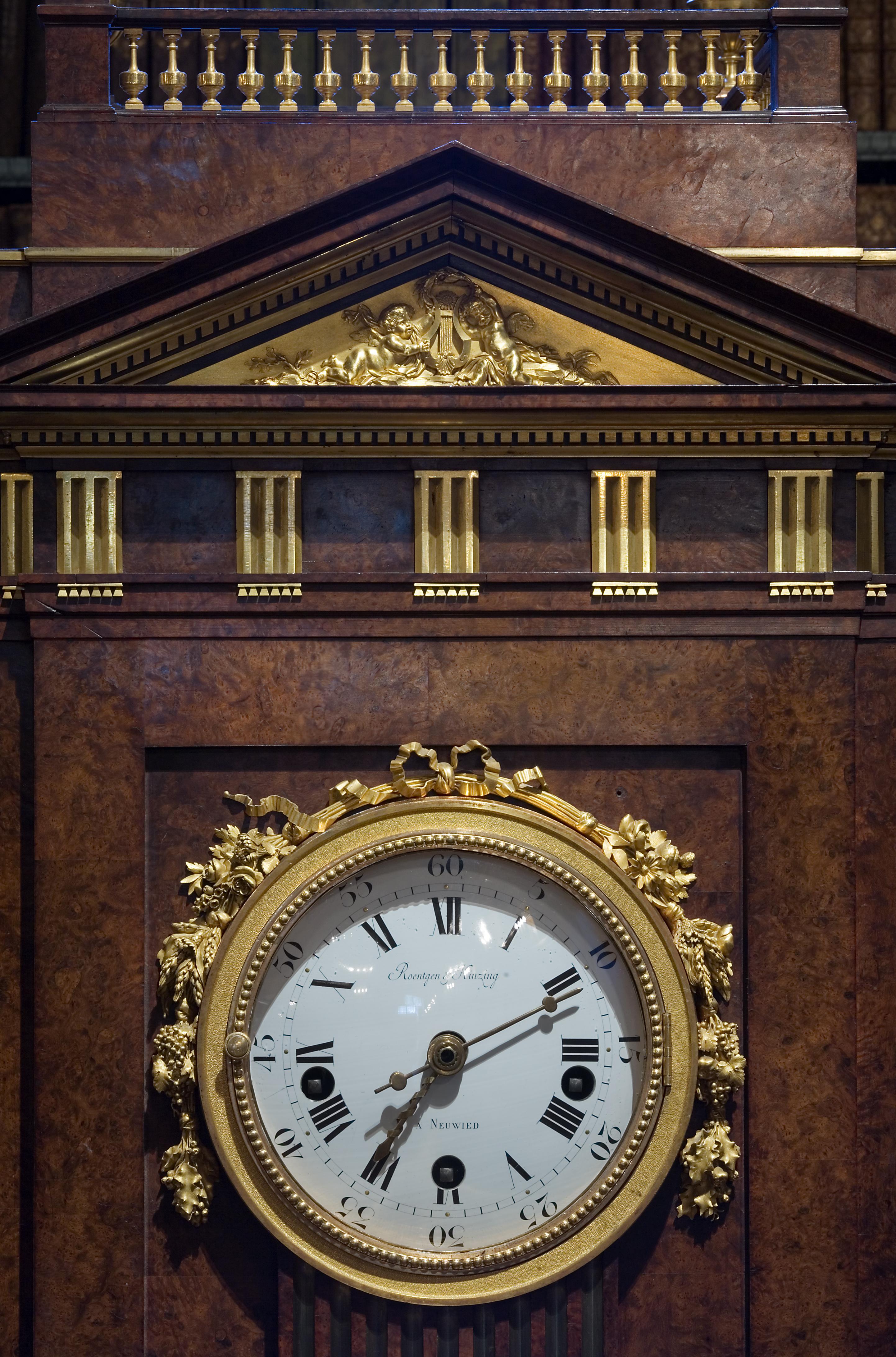 Filevienna baroque wall clock 6512g wikimedia commons filevienna baroque wall clock 6512g amipublicfo Images