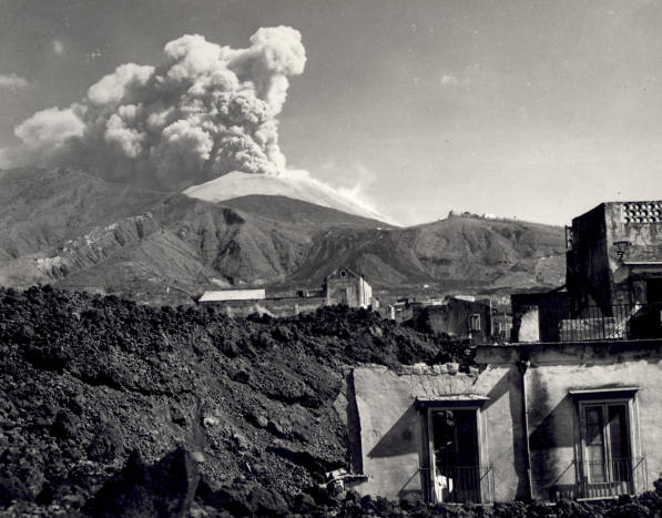 filevolcanic eruption of mount vesuvius in march 1944 a