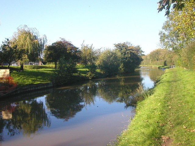 Watford Gap - Grand Union Canal - geograph.org.uk - 71453