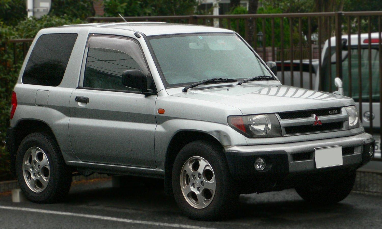 File:1998 Mitsubishi Pajero-iO 01.jpg