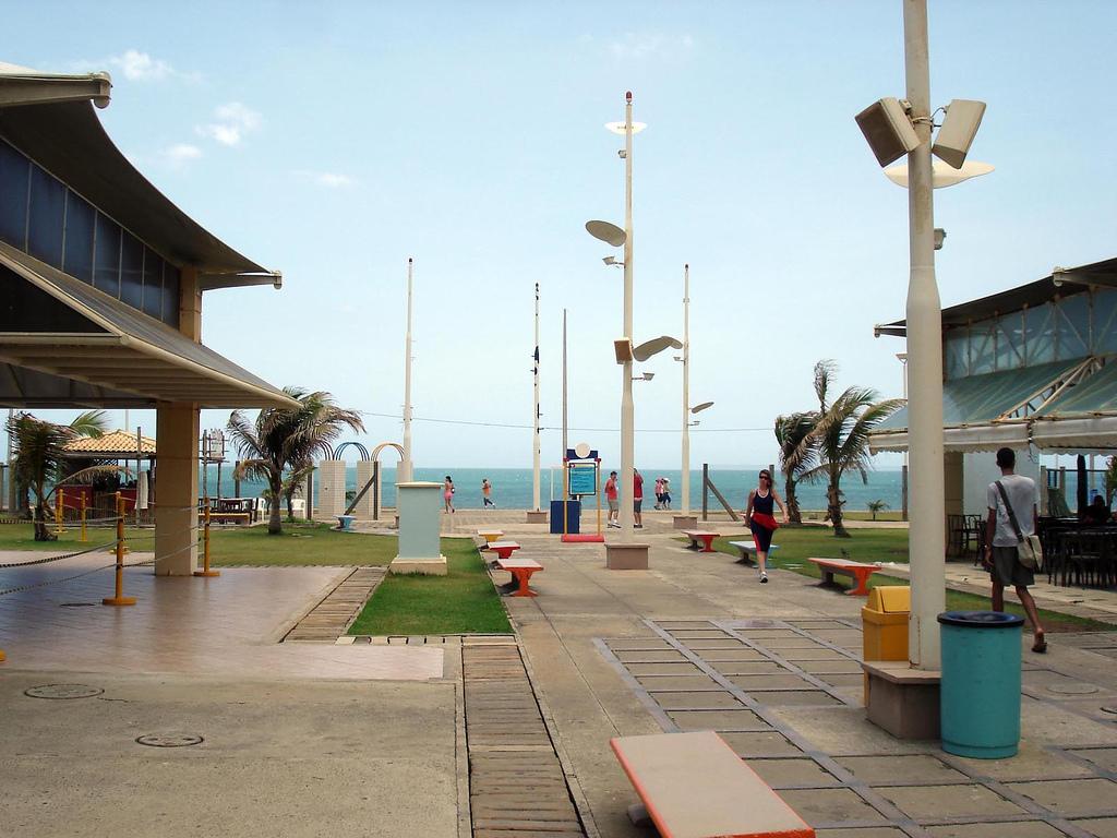 Aeroclube plaza