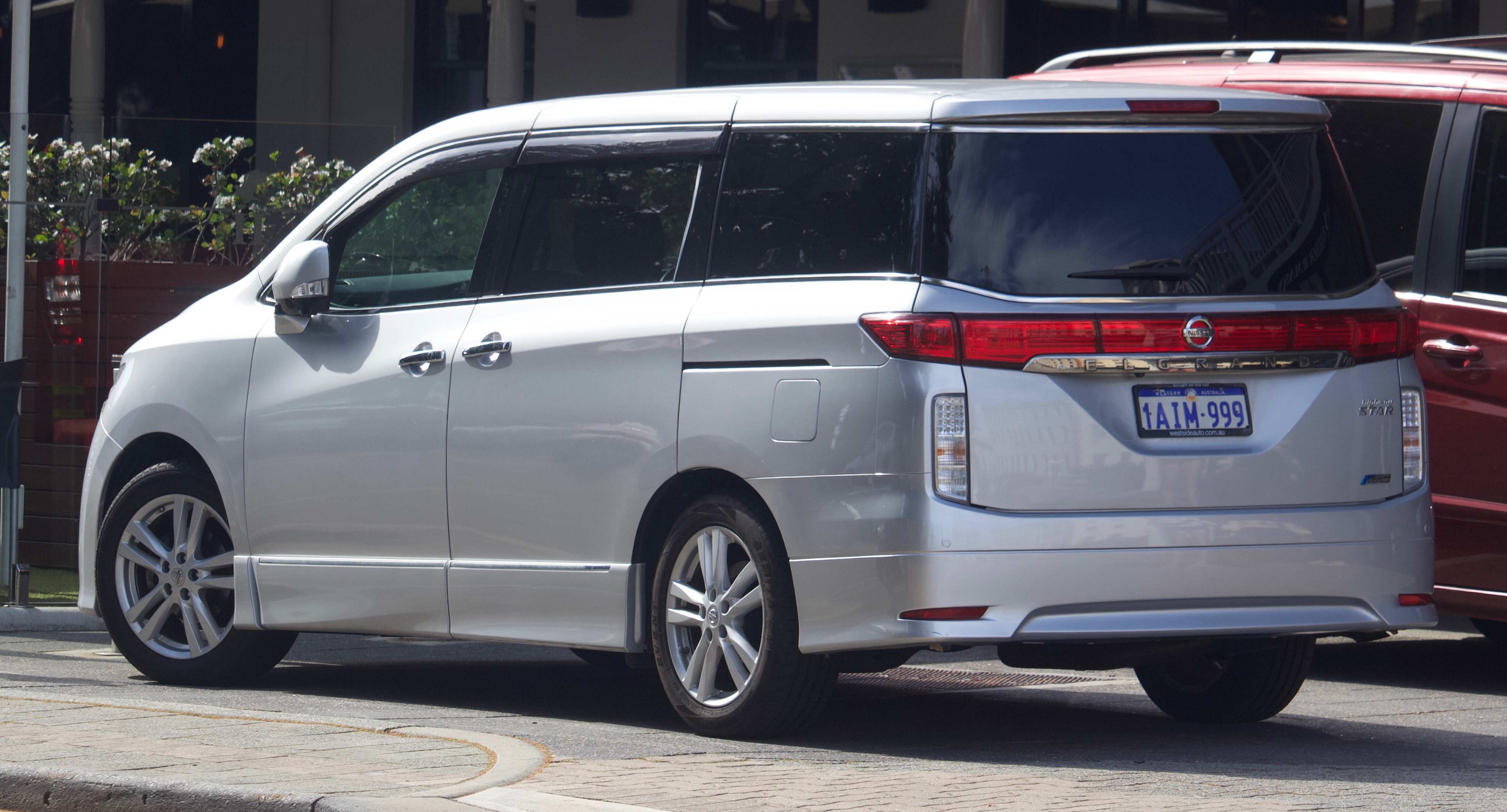 File 2010 2013 Nissan Elgrand Te52 Highway Star Van 2018 09 28