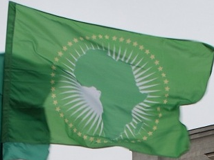 Afrikanska unionen stanger av togo