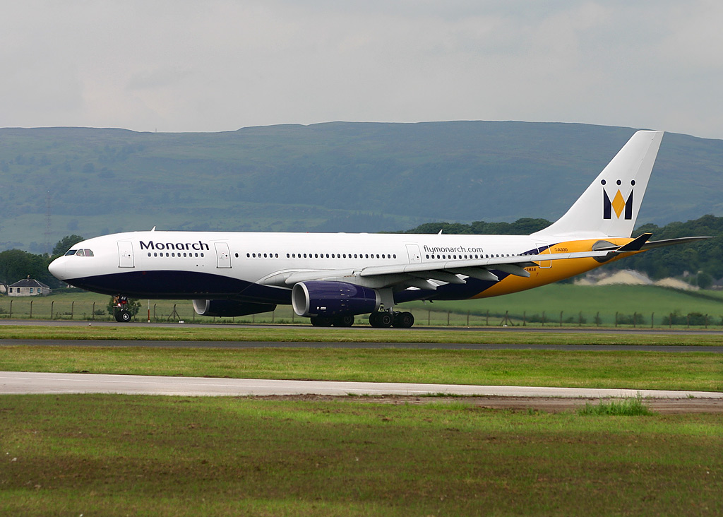 http://upload.wikimedia.org/wikipedia/commons/9/90/Airbus_A330-200_Monarch_Airlines_GLA.jpg