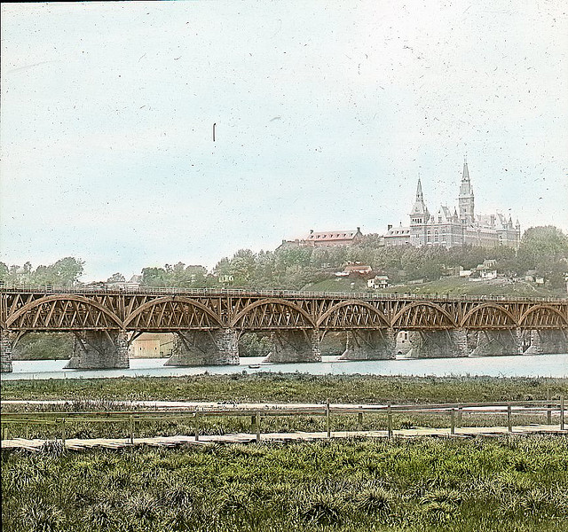 Aqueduct Bridge - c 1900 - Washington DC.jpg