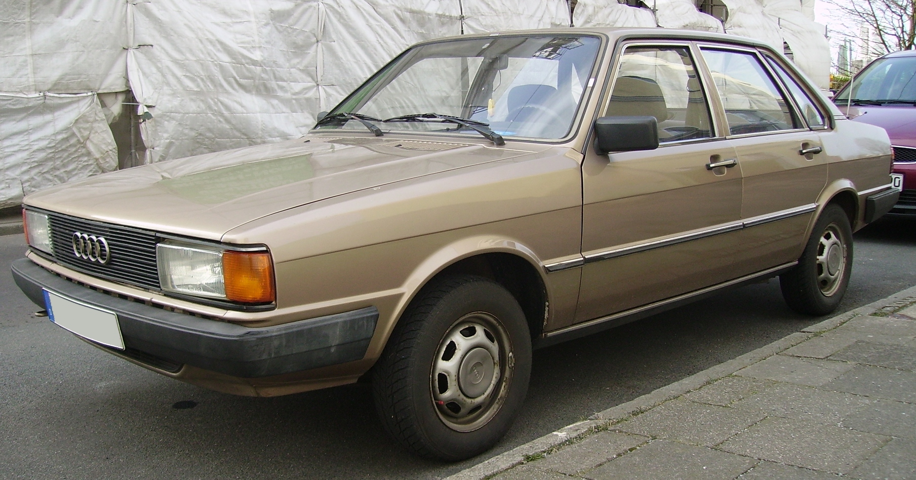 File Audi 80 B 2 4doors Gold Jpg Wikimedia Commons