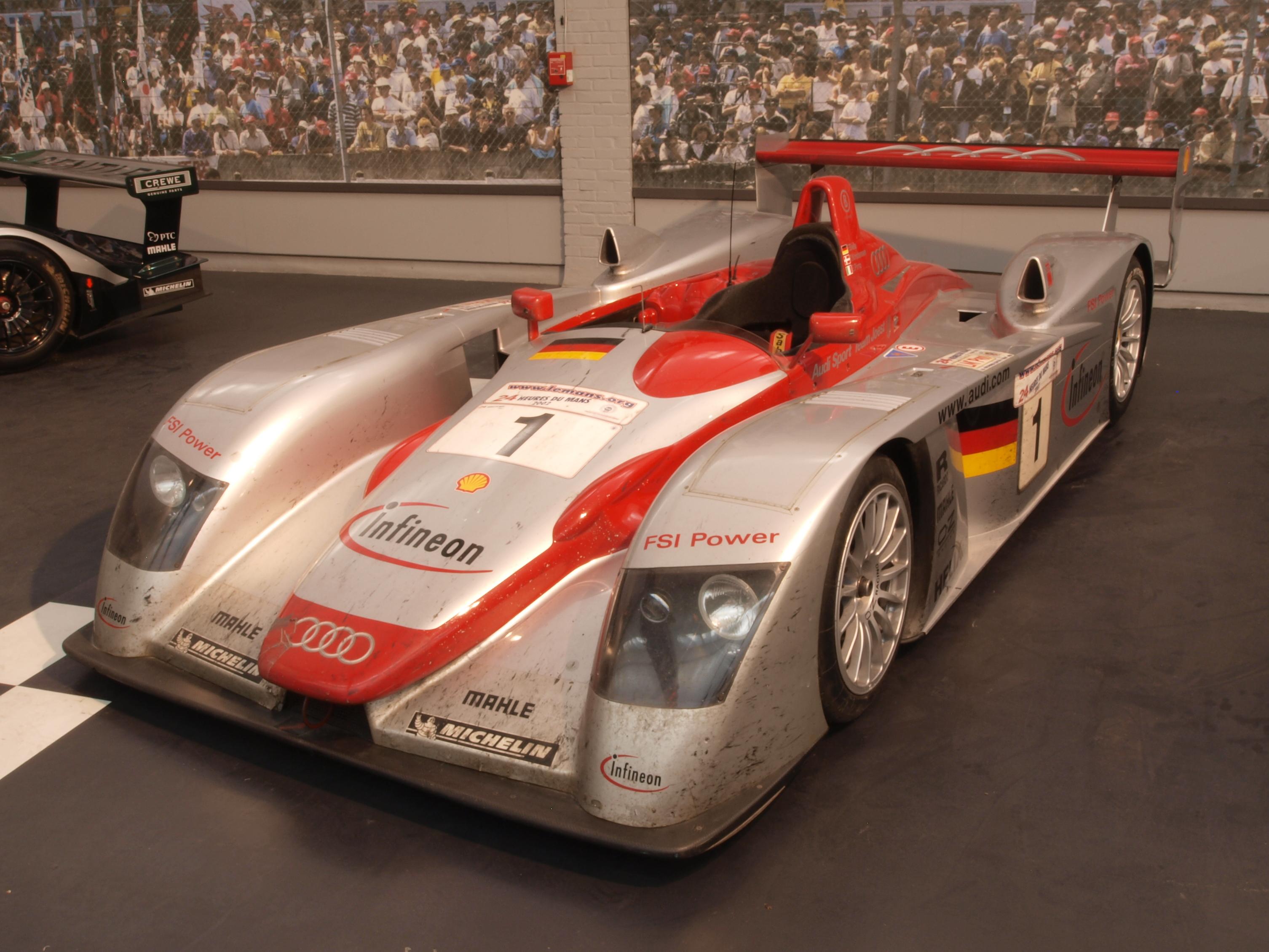 File Audi R8 Le Mans 2002 Pic1 Jpg Wikimedia Commons