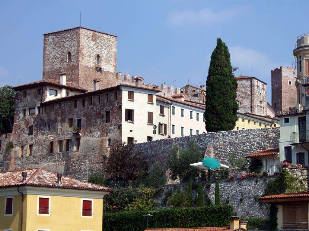 Castello degli ezzelini bassano del grappa wikipedia for Arredamenti bassano del grappa