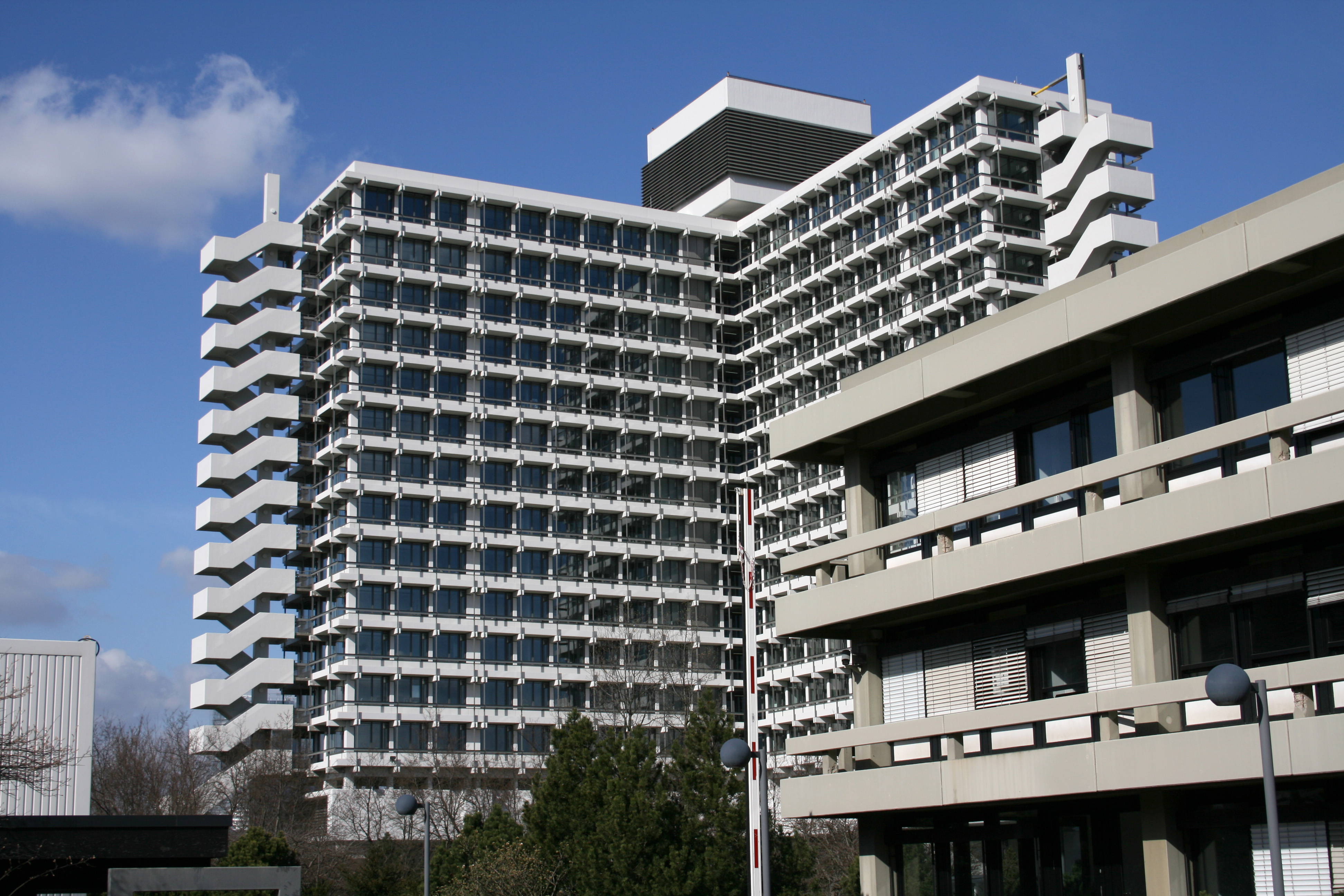 Ministry of Education and Research headquarters building, Bonn
