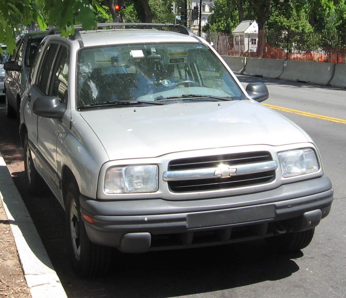 All Chevy chevy 2003 : File:Chevy-Tracker.jpg - Wikimedia Commons