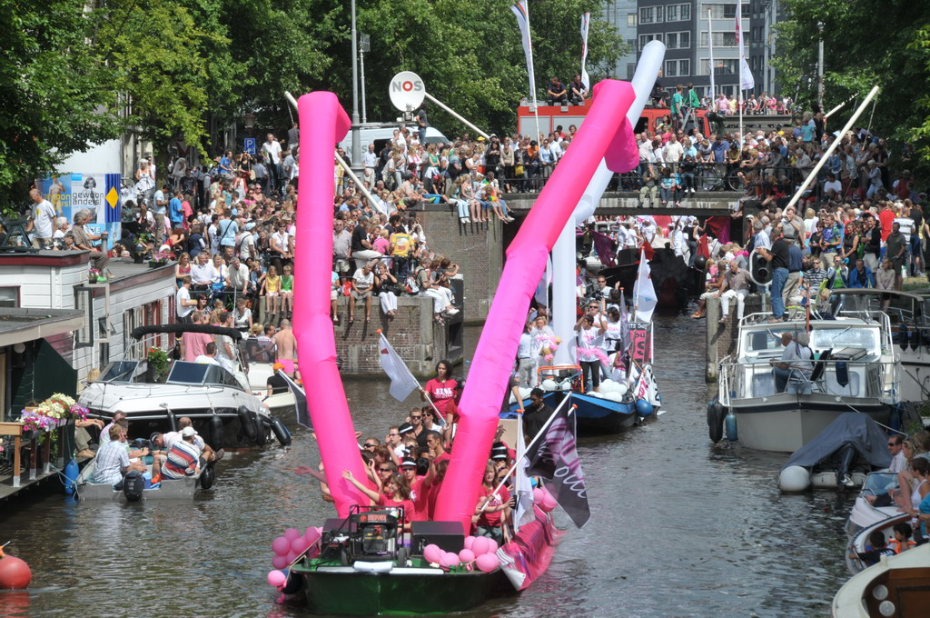 Gay Pride 2008 - Skiddlecom