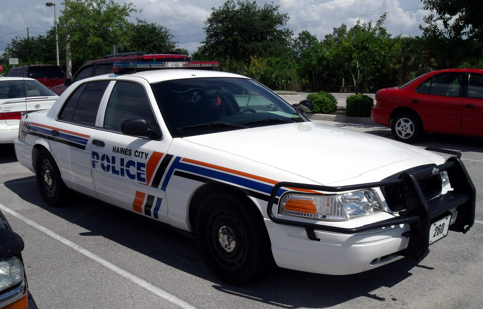 usa 2001 ford crown victoria jpg file haines city police fl ford crown victoria jpg