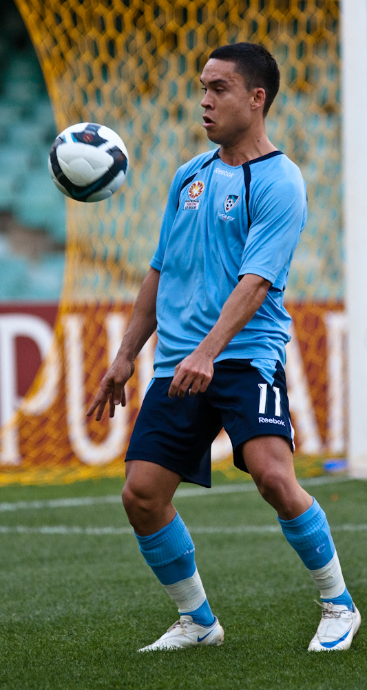 Ramsay with [[Sydney FC]] in 2009
