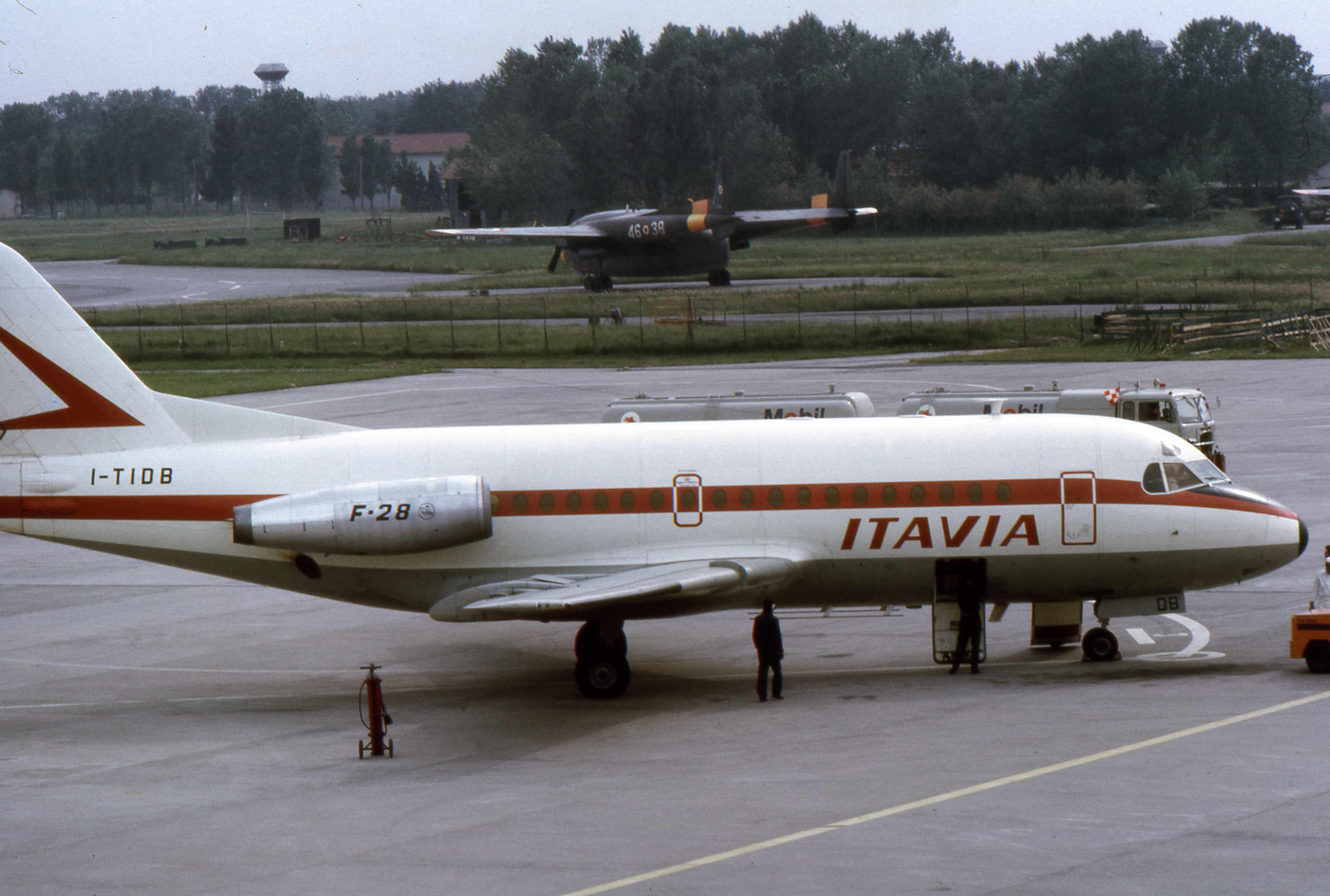 File Itavia F28 I Tidb Jpg Wikimedia Commons