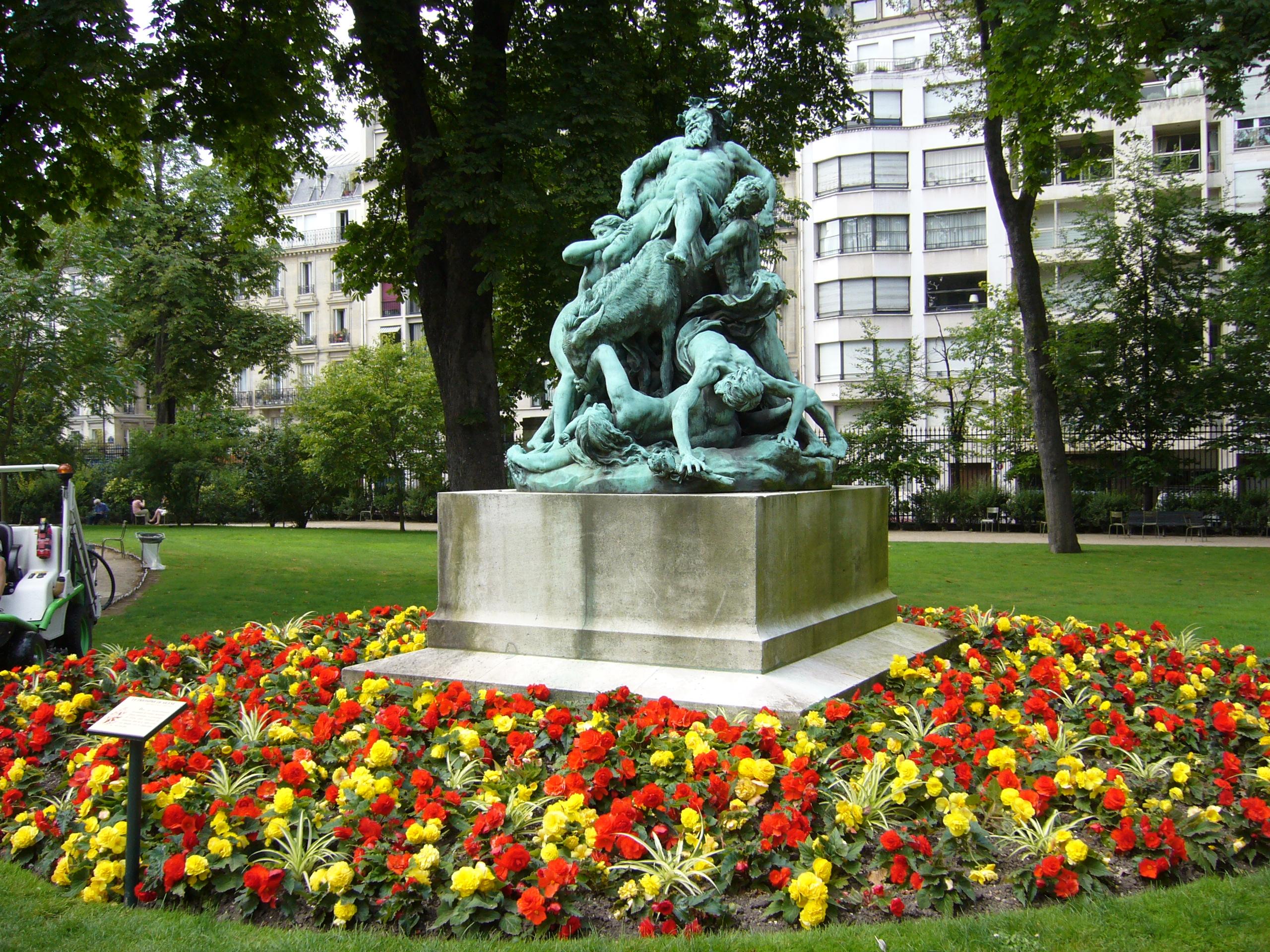 File jardins du luxembourg paris 1 jpg wikimedia commons for Buvette des marionnettes du jardin du luxembourg