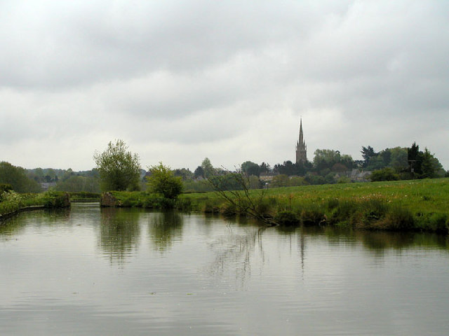 Kings Sutton from the Southern Oxford Canal - geograph.org.uk - 30773