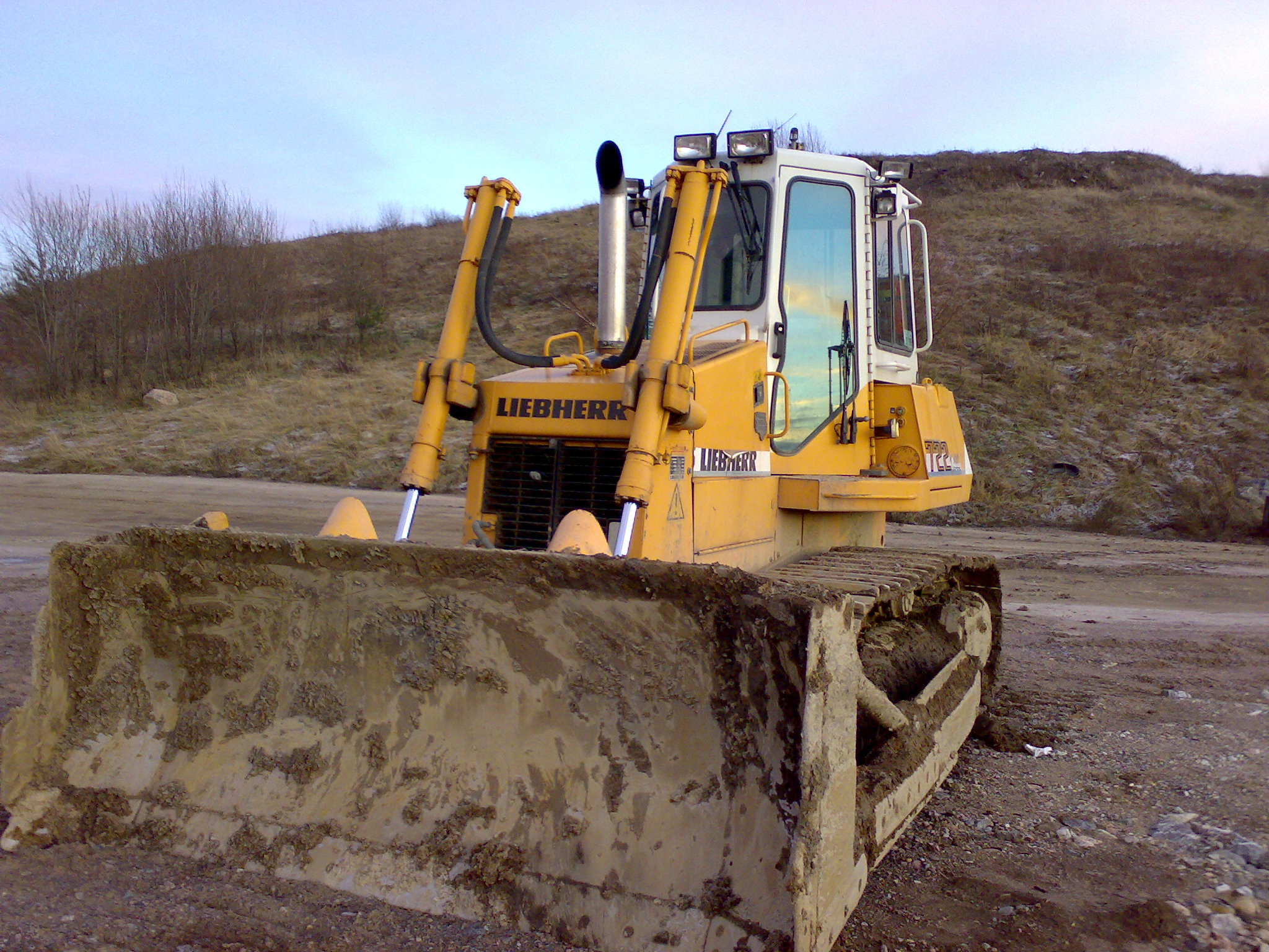 the different types and uses of dozers