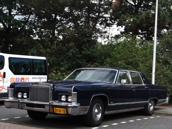 File:Lincoln Continental (10098586186).jpg
