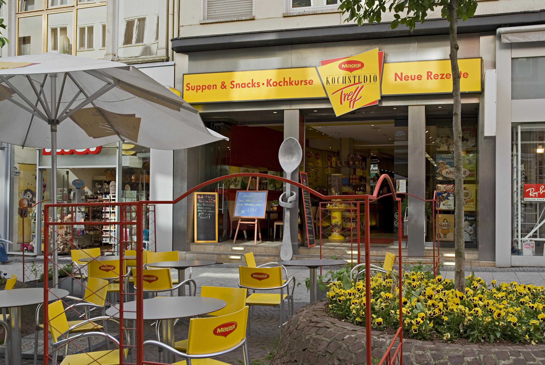 File:Maggi Kochstudio Frankfurt.jpg - Wikimedia Commons | {Maggi kochstudio 1}