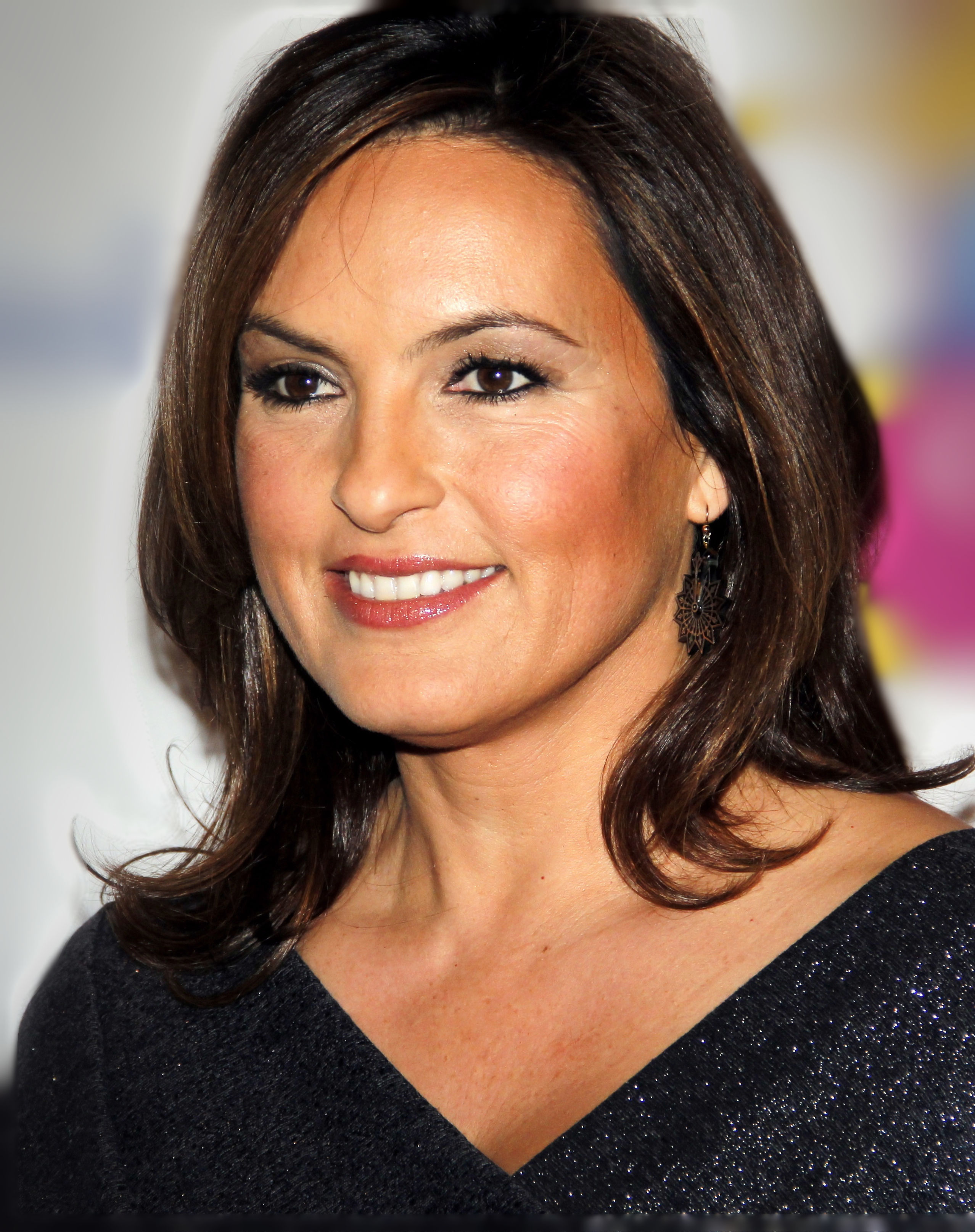 The 54-year old daughter of father Mickey Hargitay and mother Jayne Mansfield Mariska Hargitay in 2018 photo. Mariska Hargitay earned a  million dollar salary - leaving the net worth at 45 million in 2018