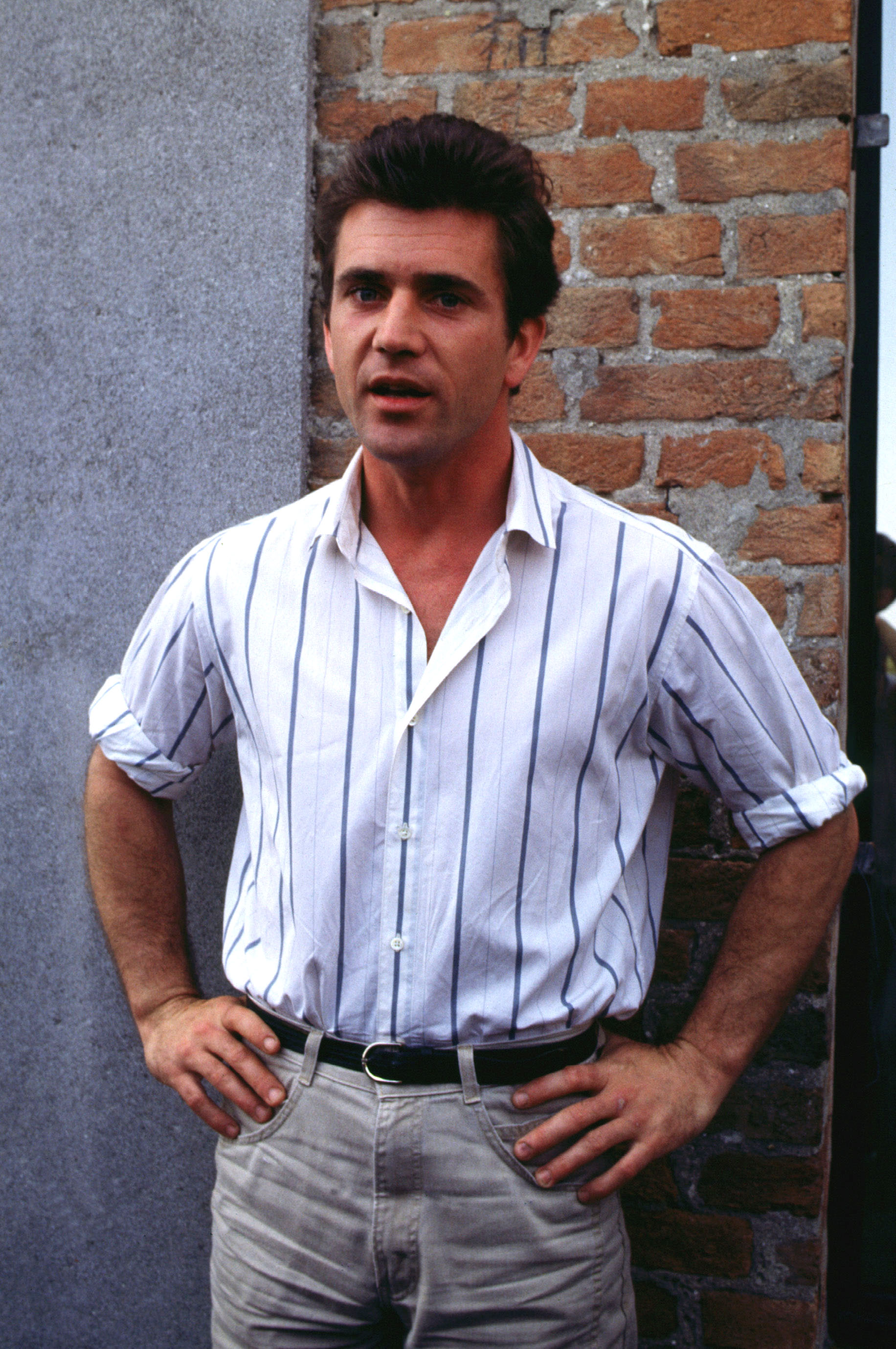 File:Mel Gibson, 1985 03.jpg - Wikimedia Commons