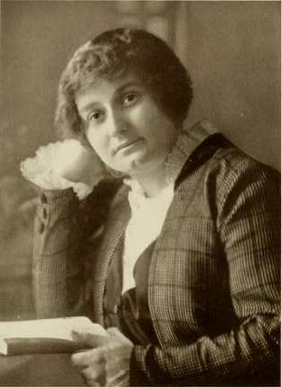 https://upload.wikimedia.org/wikipedia/commons/9/90/Miss_Amabel_Anderson%2C_Photo_from_Notable_Women_of_St._Louis%2C_1914%2C_credited_to_Gerhard_Sisters.jpg