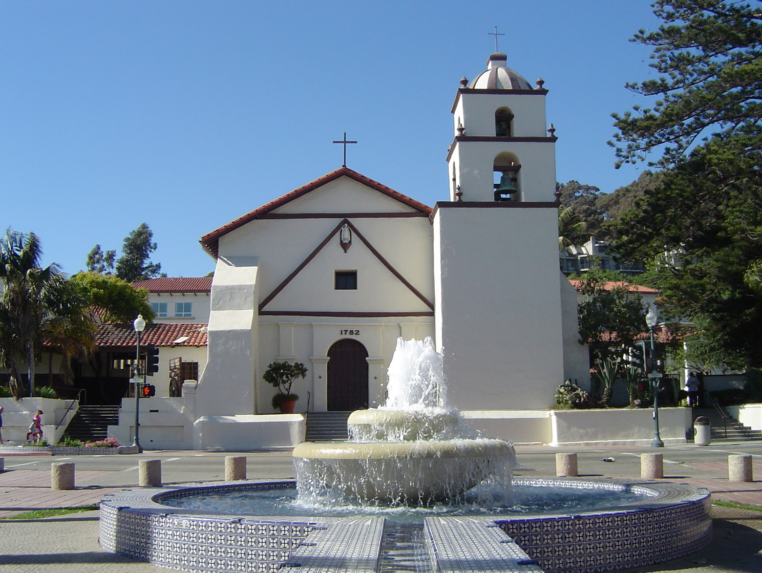 View of Mission San Buenaventura from the Figueroa Street Mall.