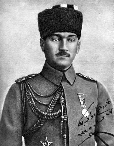 Atatürk, asker, askerlik