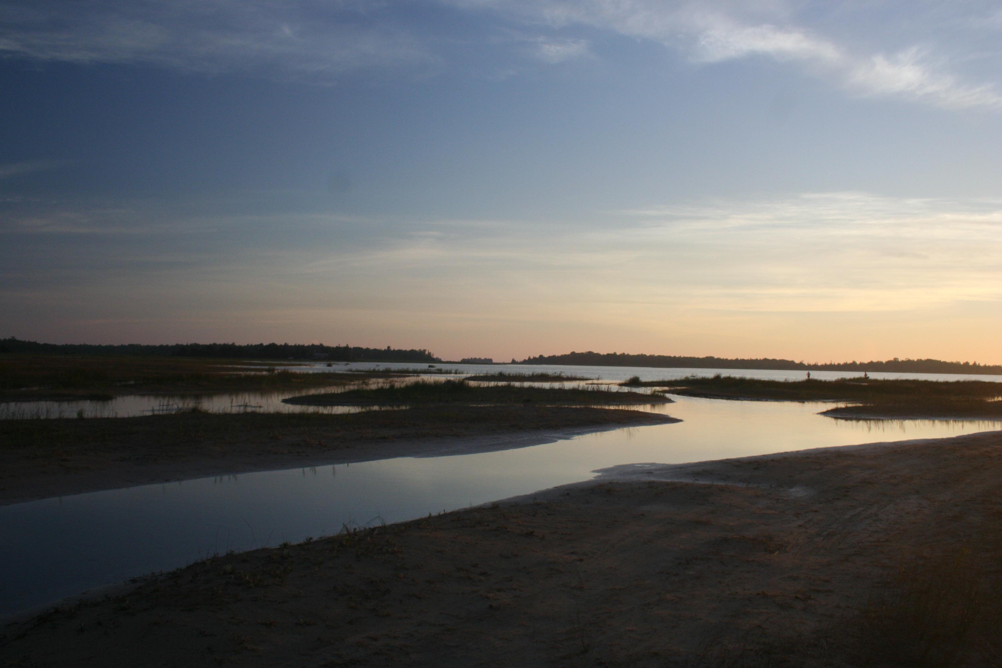 File:Oliphant Beach, Lake Huron, Ontario 9522.jpg ...