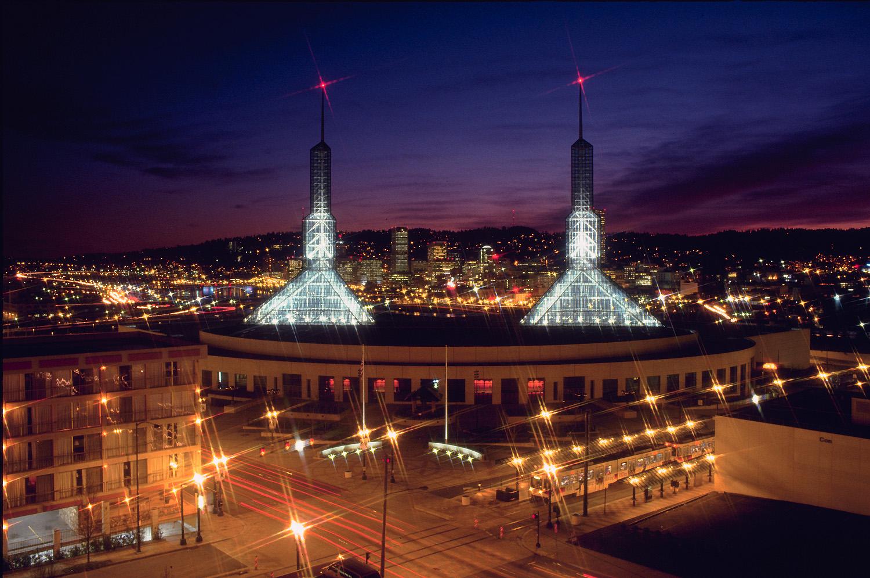 File Oregon Convention Center At Night Jpg